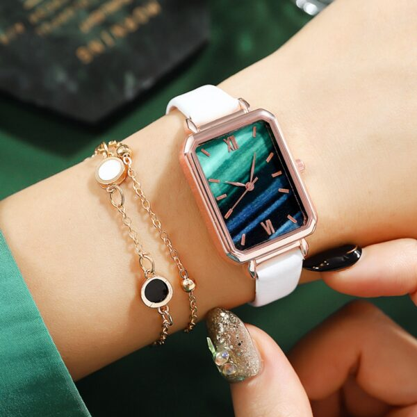 2/PCS Ripple Retro Watches Women Fashion Exquisite Green Quartz Vintage Leather Wrist Watch Simple Small Female Clock Fashion Life & Accessories Iwatch & Accessories
